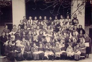 Scuola Ricamo Bandera Rocchetta Tanaro Anno 1922